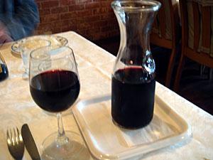 赤ワインをデカンタで♪